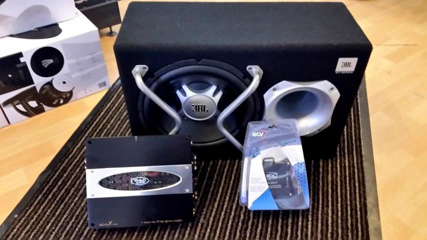 Audi A4 Subwoofer JBL