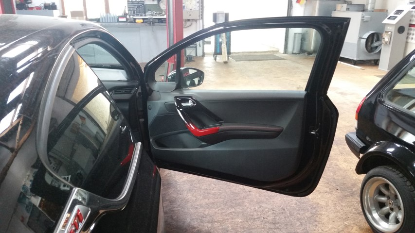 ME-Speedshop Peugeot 208 Gti Rainbow Frontsystem Subwoofer Endstufe