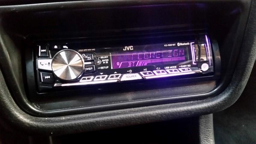 peugeot_607_jvc_radio