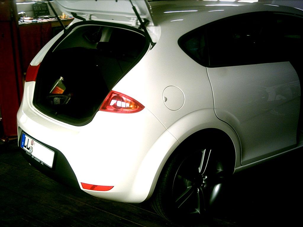 Seat  Leon 1P Rainbow Car Hifi