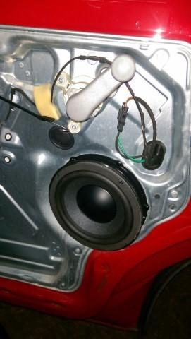 VW T5 Rainbow IQ passgenaue Lautsprecher Subwoofer
